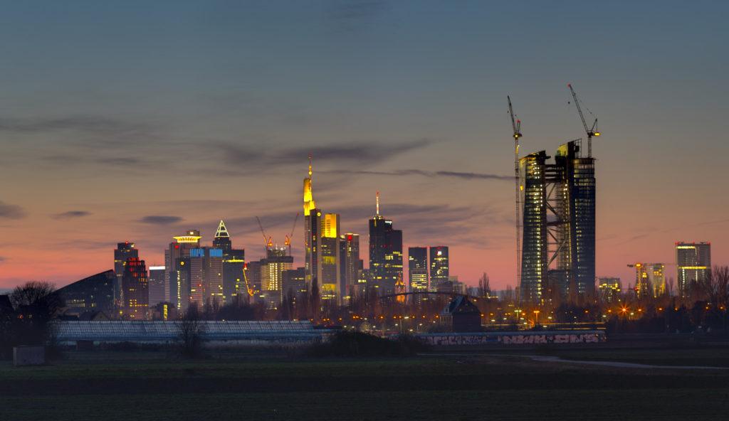 Blick von Oberrad auf die Frankfurter Skyline